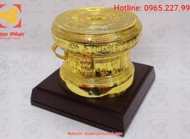Trống đồng mạ vàng 24K đường kính 30 cm