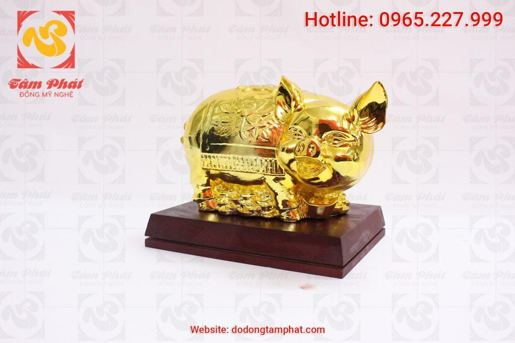 Lợn đồng mạ vàng 24k
