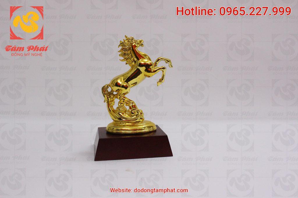 Ngựa đồng mạ vàng 24k