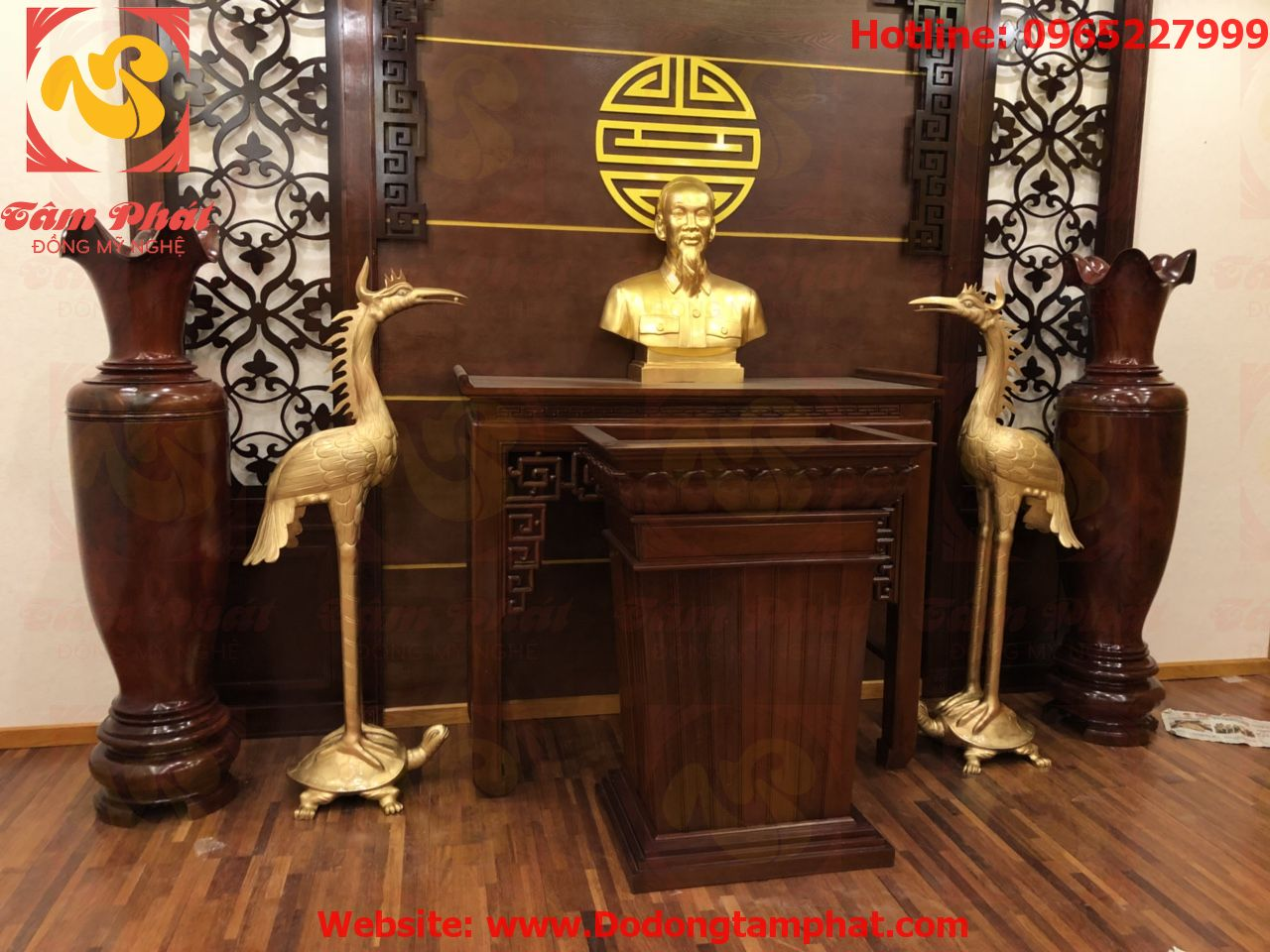 Cách bố trí phòng thờ Bác Hồ cho cơ quan, tổ chức