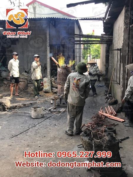 khách hàng về dự lễ đúc đồng của Tâm Phát