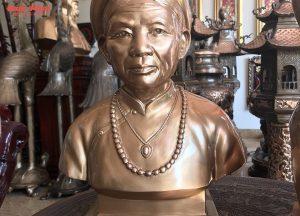 tượng truyền thần cụ bà đồng đỏ cao 42 cm