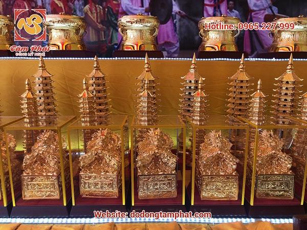 Tâm Phát tham dự lễ dâng hương báo công Đức Thánh Trần