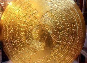Các loại mặt trống đồng chạm và đúc, mạ vàng