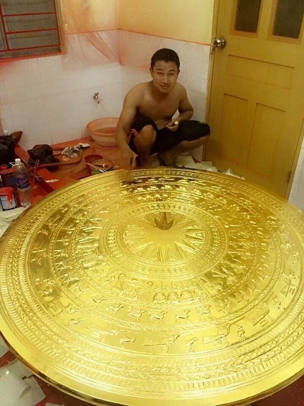 Mặt trống đồng Đông Sơn đường kính 100cm mạ vàng