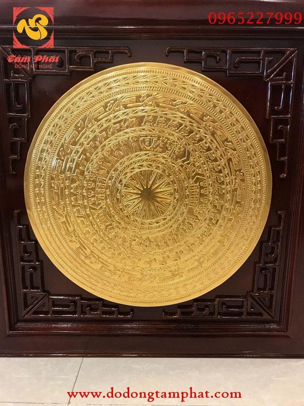 Tranh mặt trống đồng Đông Sơn mạ vàng đẹp xuất sắc