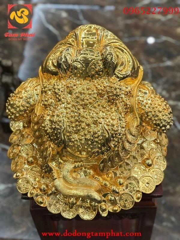 Tượng đồng cóc Thiềm Thừ mạ vàng đẹp sống động