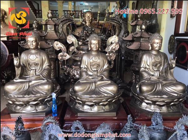 Tượng Tam Thế Phật bằng đồng, đẹp cổ kính tôn nghiêm