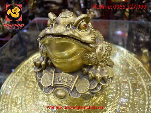 Tượng Cóc Thiềm Thừ bằng đồng Chiêu Tài Tấn Bảo, màu sắc cổ điển