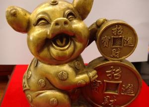 Tượng heo Chiêu Tài Tấn Bảo bằng đồng, hình thức đa dạng