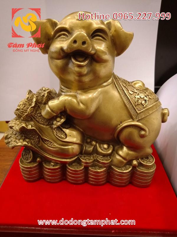 Tượng heo Phú Quý bằng đồng vàng hun xanh chiêu tài chiêu lộc