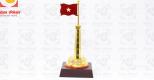 Cột cờ bằng đồng mạ vàng – Món quà tặng cao cấp, sang trọng, ý nghĩa