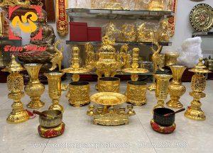 Bộ đồ thờ gia tiên đầy đủ dát vàng ròng sang trọng
