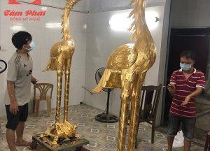 Cặp hạc thờ bằng đồng dát vàng 9999 cao 2,2m