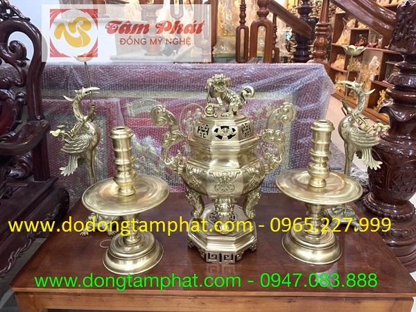 Bộ đồ thờ ngũ sự bằng đồng vàng thiết kế tinh xảo