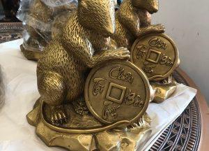 Tượng chuột phong thủy cầm tiền xu Chiêu Tài Tấn Bảo