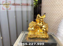 Linh vật chuột vàng hỗ trợ phong thủy Tài Lộc