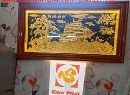 Tranh đồng Thuận Buồm Xuôi Gió khung gỗ 1m75