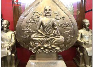 Tượng đồng lá đề Phật Hoàng Trần Nhân Tông hun xanh giả cổ