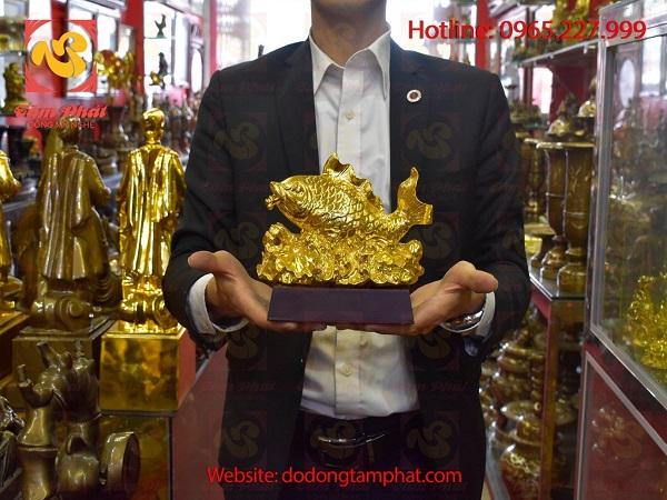 Doanh nghiệp tạo ấn tượng tốt trong mắt đối tác với quà tặng mạ vàng