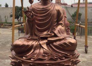 Tượng Phật Thích Ca niêm hoa vi tiếu chế tác từ đồng đỏ