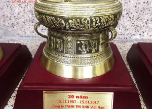 Trống đồng lưu niệm cao cấp hội tụ tinh hoa văn hóa Đông Sơn