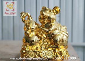 Tượng chuột phong thủy ôm bình hồ lô dát vàng tinh xảo