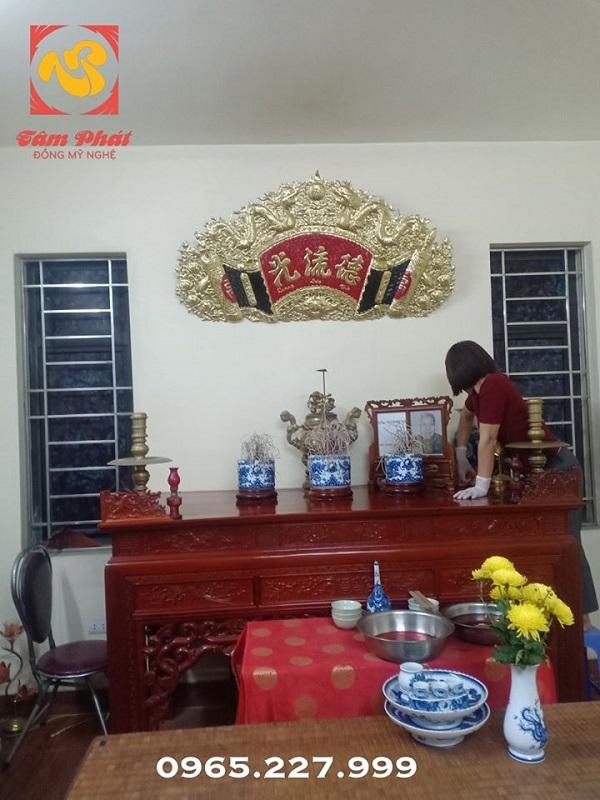 Cuốn thư bàn thờ đại tự Đức Lưu Quang tinh xảo
