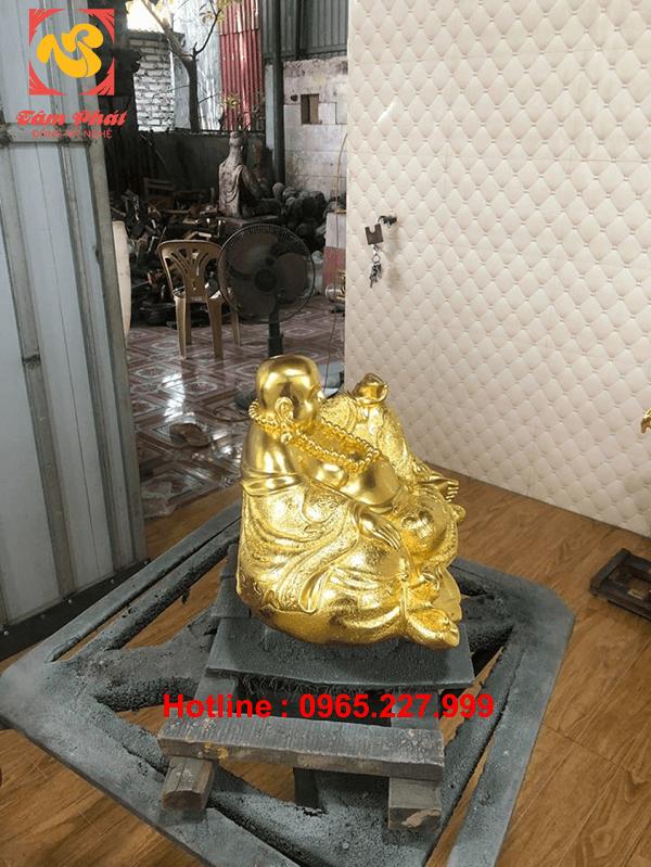 Tượng Di Lặc bằng đồng cao 20cm dài 38cm dát vàng 9999